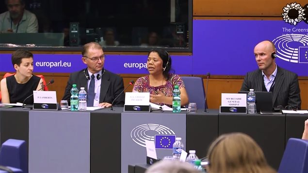 Aura Lolita Chavez Ixcaquic speaking at the European Parliament